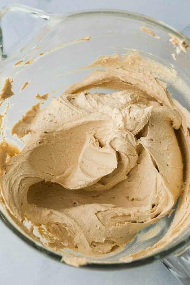 Creamy Cookie Butter Frosting